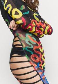 Jaded London - BINDING DETAIL BEACH DRESS CLIMBING SNAKE  - Strandaccessoire - black - 4