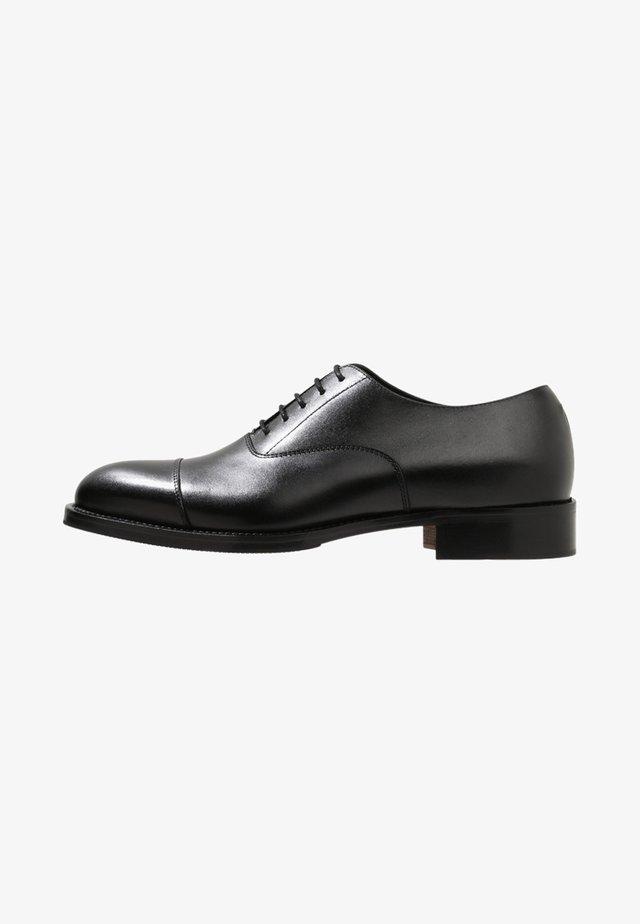 HOPPER TOE PORT - Smart lace-ups - black