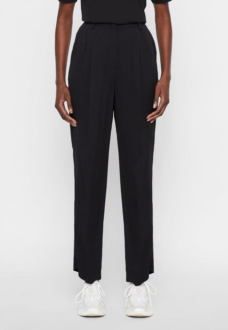 J.LINDEBERG - HOSE KAIA - Spodnie materiałowe - black