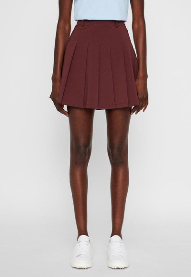 J.LINDEBERG - Shorts - dark brown