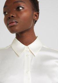 J.LINDEBERG - MALLORY - Button-down blouse - cloud white - 3