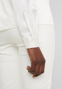 J.LINDEBERG - MALLORY - Button-down blouse - cloud white - 5