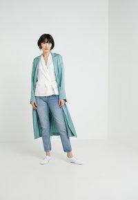 J.LINDEBERG - STUDY DEVOUT - Slim fit jeans - light blue - 1