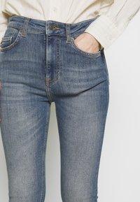 J.LINDEBERG - UMA ACTIVE - Jeans Skinny Fit - light blue - 5