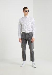 J.LINDEBERG - DAVID  - Camisa - white/black - 1