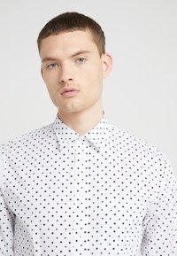 J.LINDEBERG - DAVID  - Camisa - white/black - 5