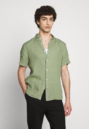 FREDRIK CLEAN  - Skjorter - sage green