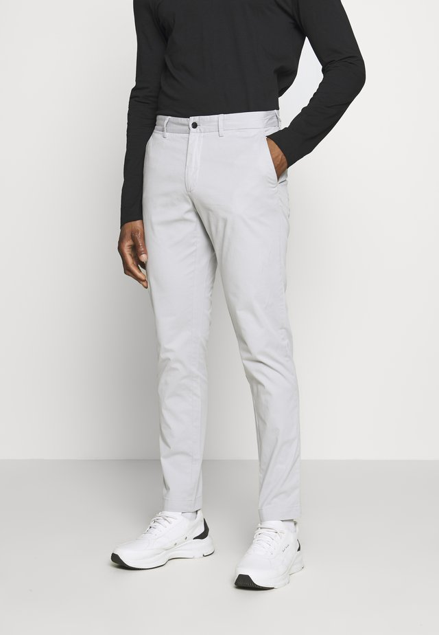 CHAZE SUPER - Chinos - stone grey