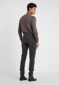 J.LINDEBERG - JAY KHOL - Slim fit jeans - black - 2