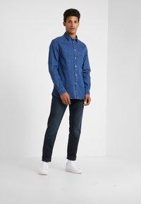 J.LINDEBERG - JAY ADDER - Jeans slim fit - blue/black - 1