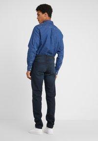 J.LINDEBERG - JAY ADDER - Jeans slim fit - blue/black - 2