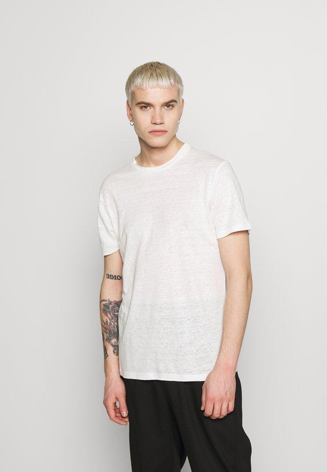 COMA - Basic T-shirt - cloud white