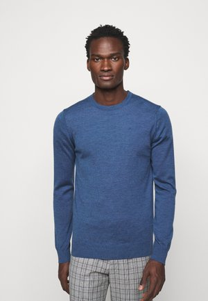LYLE CREW NECK - Strikkegenser - egyptian blue melange