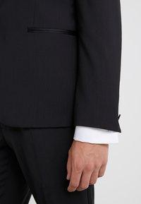J.LINDEBERG - SAVILE TUX COMFORT - Chaqueta de traje - black - 5