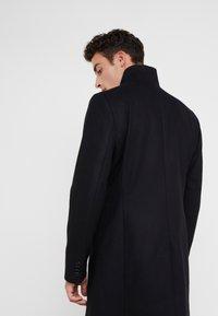 J.LINDEBERG - HOLGER COMPACT MELTON - Classic coat - black - 2