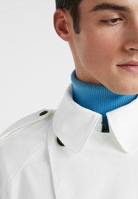 J.LINDEBERG - BOGART TECH TRAVEL - Trenchcoat - cable white - 4