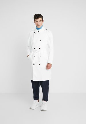 BOGART TECH TRAVEL - Trenchcoat - cable white