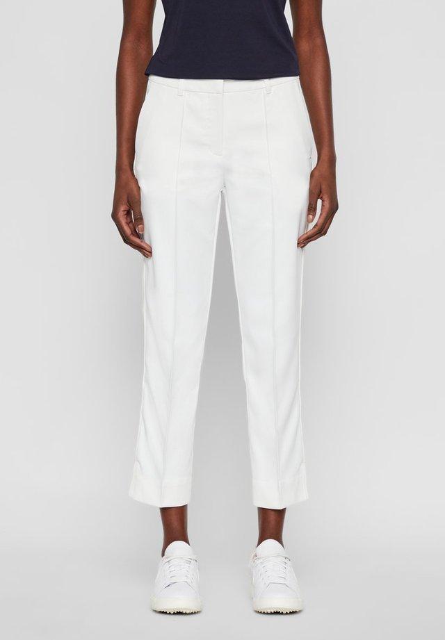 GRETHA - Spodnie materiałowe - white