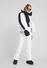 J.LINDEBERG - LOA - Lyžařská bunda - white - 1