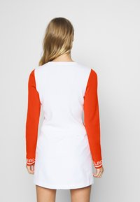 J.LINDEBERG - MELODY - Zip-up hoodie - tomato red/white - 2