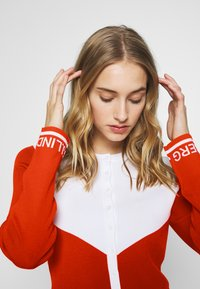 J.LINDEBERG - MELODY - Zip-up hoodie - tomato red/white - 3