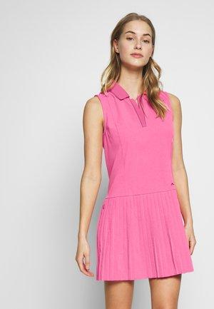 CORA - Robe de sport - pop pink