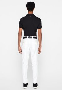 J.LINDEBERG - ELLOTT MICRO - Kalhoty - white - 2
