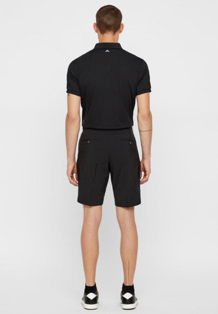 J.LINDEBERG Short de sport - black - ZALANDO.