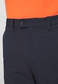 J.LINDEBERG - SHORTS HIGH VENT - Sports shorts - navy - 3