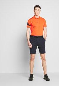 J.LINDEBERG - SHORTS HIGH VENT - Sports shorts - navy - 1