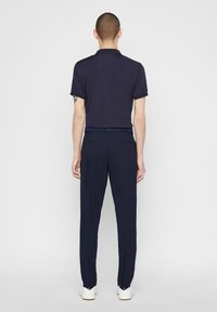 J.LINDEBERG - WILL - Trousers - navy - 2