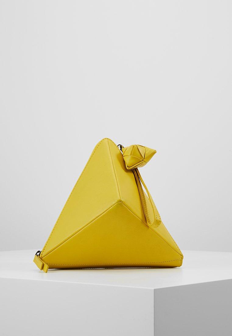 Jost - Pikkulaukku - yellow