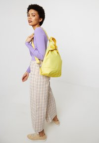 Jost - CHANGE BAG - Batoh - yellow - 1