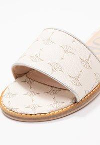 JOOP! - LILIANA SLIP ON  - Pantofle - offwhite - 2