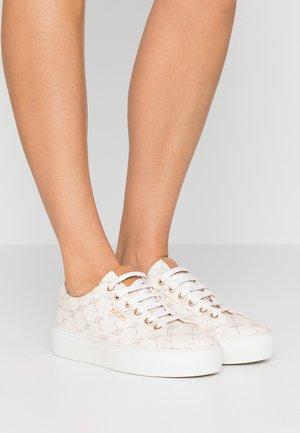 CORTINA DAPHNE - Sneakersy niskie - offwhite