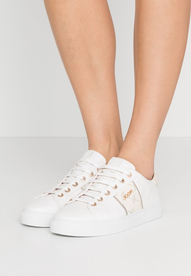 CORTINA LISTA  - Sneaker low - offwhite