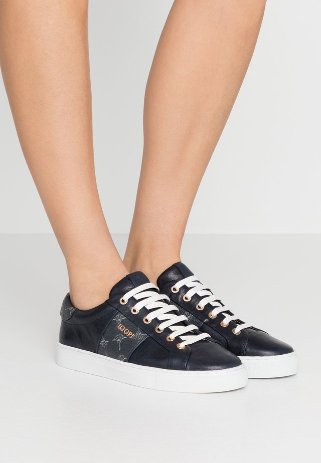 CORTINA LISTA  - Sneaker low - night blue