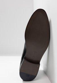JOOP! - KLEITOS CHELSEA BOOTS - Classic ankle boots - schwarz - 4