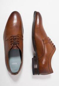 JOOP! - KLEITOS  - Elegantní šněrovací boty - cognac - 1