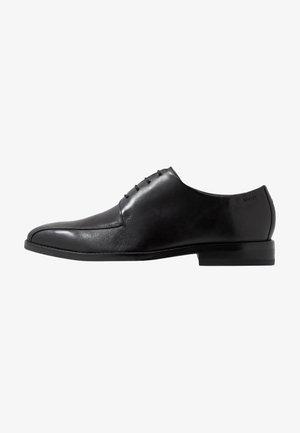 PHILEMON PISTA LACE UP  - Elegantní šněrovací boty - black