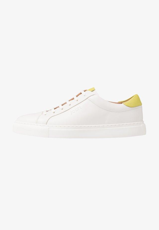 CORALIE - Sneaker low - light green