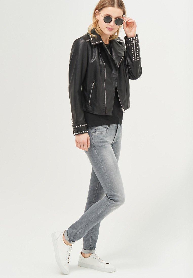JOOP! - TESS - Basic T-shirt - schwarz