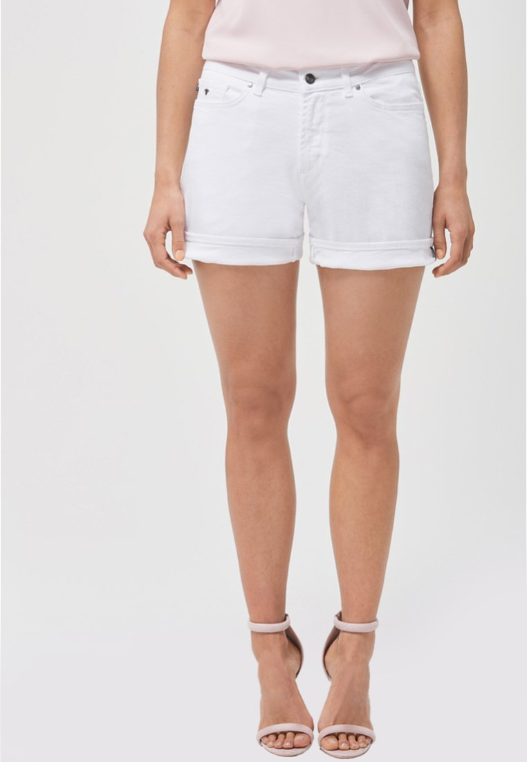 JOOP! - MALIN - Jeans Shorts - white