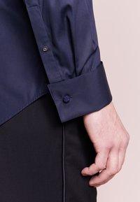 JOOP! - PAULY - Formální košile - dunkel blau - 5