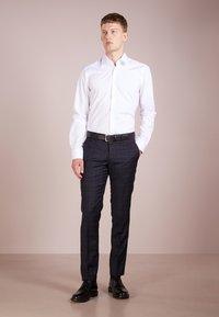 JOOP! - PIERCE SLIM FIT - Camicia elegante - white - 1