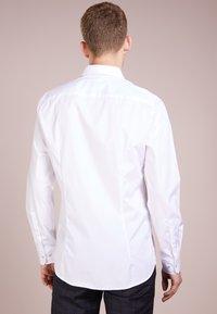 JOOP! - PIERCE SLIM FIT - Camicia elegante - white - 2