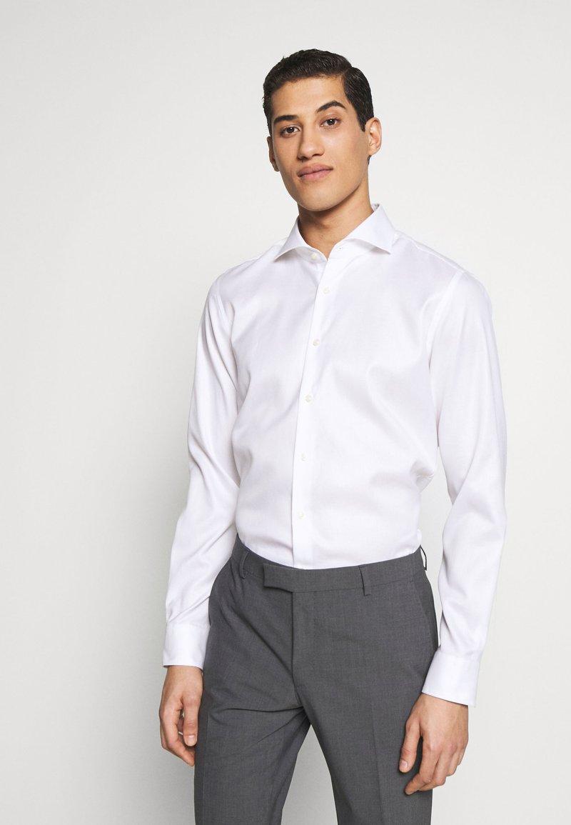 JOOP! - PANKO SLIM FIT - Formální košile - white