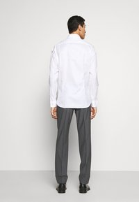 JOOP! - PANKO SLIM FIT - Formální košile - white - 2