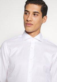 JOOP! - PANKO SLIM FIT - Formální košile - white - 5