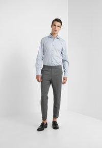JOOP! - PANKO - Formal shirt - light grey - 1